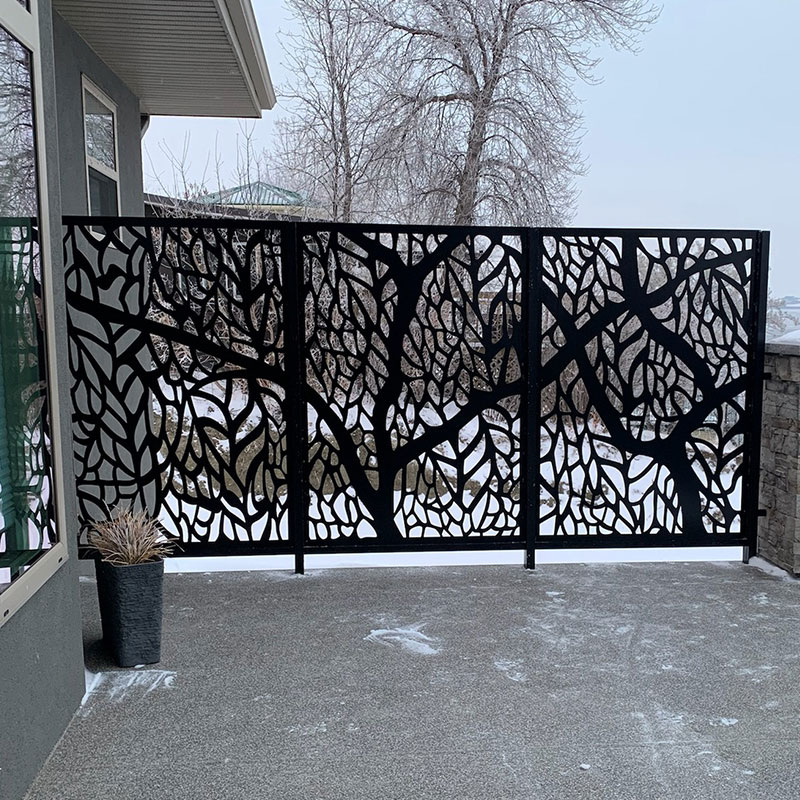 RESIDENTIAL PRIVACY SCREEN